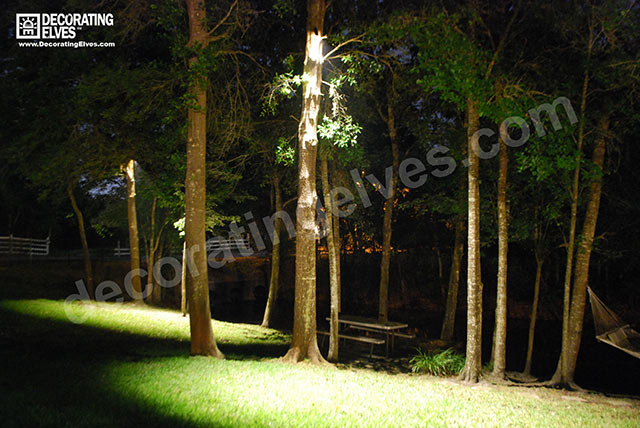 Down-Lighting-backyard-area-www.decoratingelves.com
