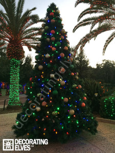 Large-Commercial-Holiday-Tree-at-Florida-Botanical-Gardens-www.decoratingelves.com