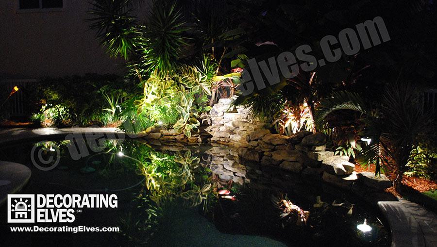 Lighting-Reflection-in-Pool-www.decoratingelves.com