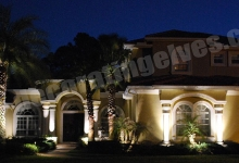 LED-Front-House-Uplighting-Grazing-www.decoratingelves.com
