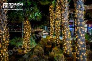 Decorating Elves 2015 - Ibis Walk (10)