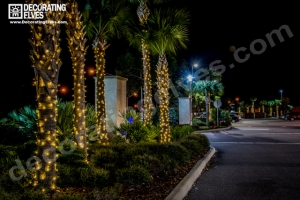 Decorating Elves 2015 - Ibis Walk (14)